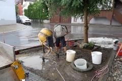 Betonieren bei strömendem Regen.